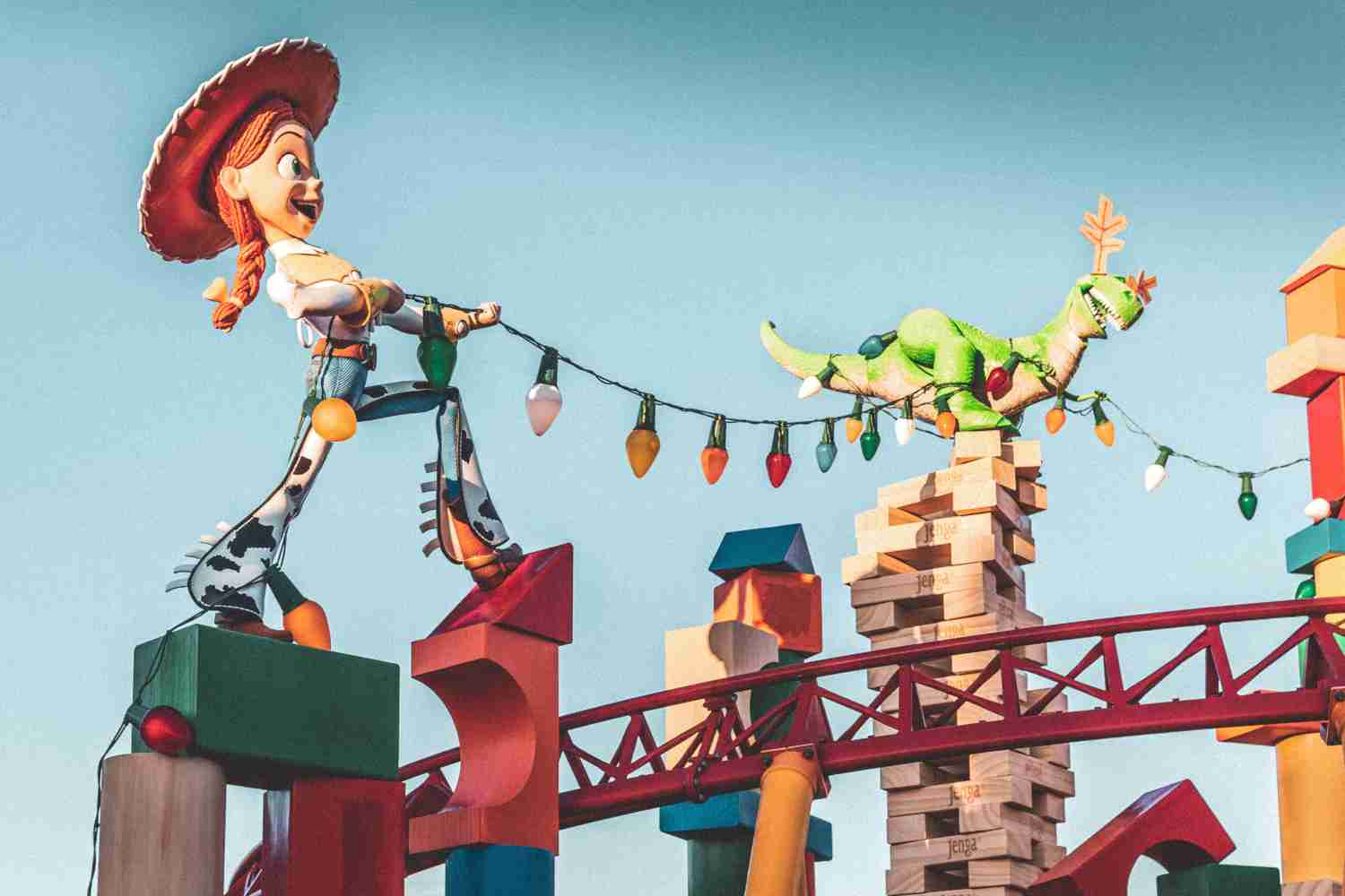 20 Virtual Theme Parks And Education Experiences